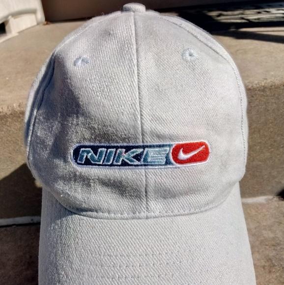 020e86b8e89e7 Vintage Nike Dads Snapback Baseball Hat Cap. M 5ae313313800c5895750cd0b